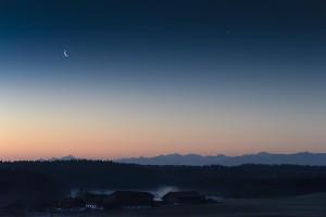 moon-venus-bavaria